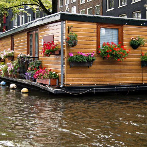 vida_y_espacio-conoces_las_casas_flotantes-casas-flotantes-diseño-espacio-decorar-1