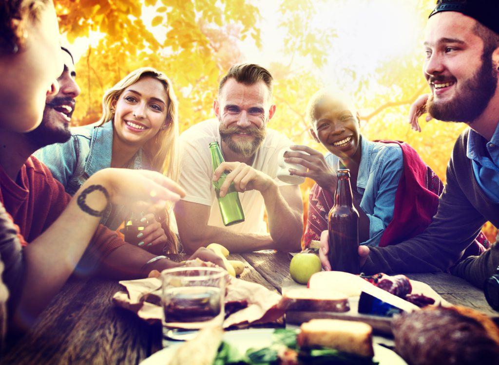 vida_y_espacio-haz_de_tu_fiesta_de_verano_un_éxito-fiesta-decoración-jardín-terraza-verano(1)