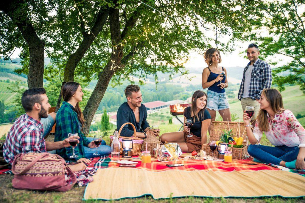 vida_y_espacio-haz_de_tu_fiesta_de_verano_un_éxito-fiesta-decoración-jardín-terraza-verano(5)